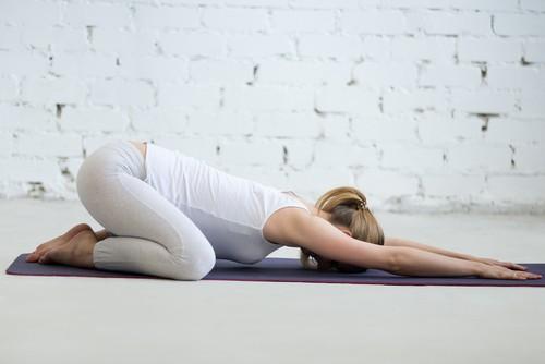 yoga prénatal, yoga postnatal, cours en Alsace (Mulhouse, Colmar), Sarah Weider